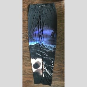 Hot Topic Leggings Skull Raven Halloween